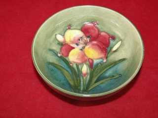 Moorcroft small bowl stamped only