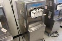 Taylor 3-Flavor Soft Serve Ice Cream Machine, MDL: 794-33, SN: M1044246, 208-230V