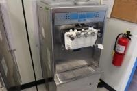 Taylor 3-Flavor Soft Serve Ice Cream Machine, MDL: 794-33, SN: M1044243, 208-230V