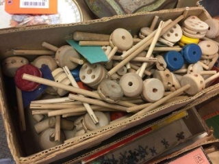 Wood tinker toys, jacks & assorted