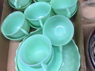 Fire King Jadeite cups, saucers & bowl