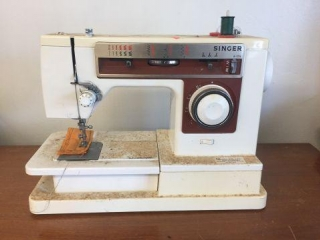 Singer 6105 sewing machine