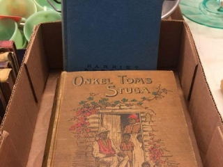 Old hardcover books. Uncle Toms Cabin German