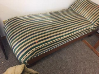 Fainting couch 6' long
