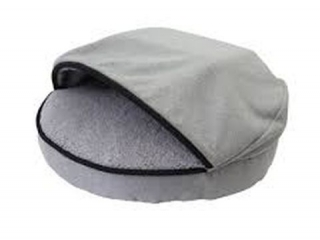 PRECIOUS TAILS HOODED/ DOME DOG BED