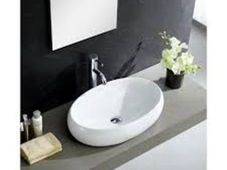 CERAMIC OVAL BATHROOM SINK