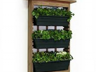 GARDEN VIEW VERTICAL LIVING WALL PLANTER
