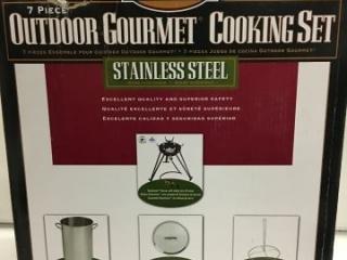 EASTMAN 7-PIECE OUTDOOR GOURMET COOKING SET