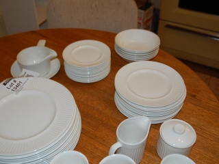 OFF SITE -  Athena-Johnson Bros - Ironstone Dish Set UNRESERVED