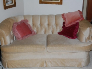 OFF SITE -  Loveseat, Chesterfield, Chair Set With Cushions UNRESERVED