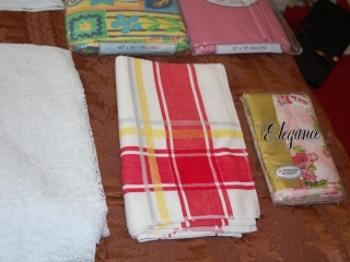 OFF SITE -  Assorted Table Cloths, 4 Round UNRESERVED