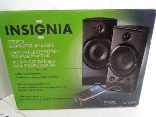 Insignia Compact Stereo Speakers for your Ipod, MP3 players, and Cell phones