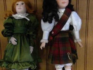 2 Ceramic Dolls