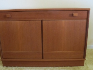"Teak Norway 2 Door Server With Drawer  35x16x25""t"