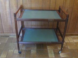 Dryrlund Denmark Label 2 Tier Rosewood Tea Cart