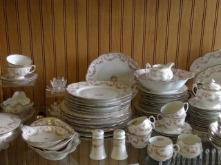 Bridal Rose Made Czechoslovakia China  87 Pc