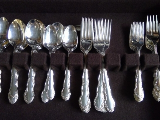 1881 Rogers Flatware In Case
