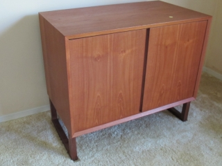 Mid-century Norway  Teak 2 Door Server