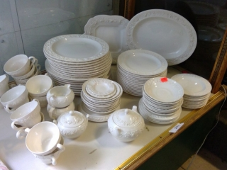 Wedgewood Place Setting Roughly 88 Pc