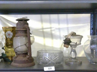 Shelf Oil Lantern Oil Lamp With Chimney Light