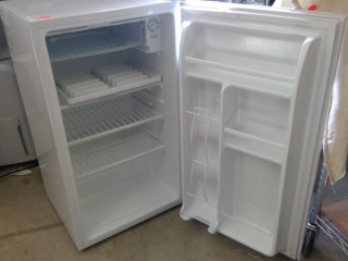 Koolatron Bar Fridge