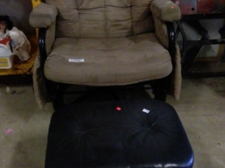 Chair With Leather Ottoman