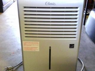 Classic 25 Btu Dehumidifier 3824-515  Tested