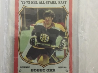 73-74 Card #30 Bobby Orr