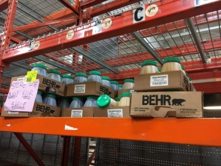 Behr assorted paint tint (NEW)