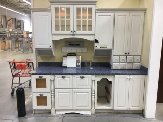 Kraft Maid Harmony kitchen cabinets with Corian white & blue countertop