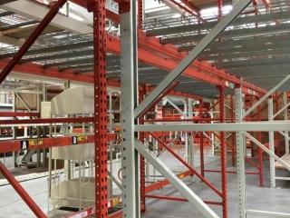 "99"" sections of Interlake teardrop pallet racking w/metal wire decking, 4' x 12', 4"" crossbars"