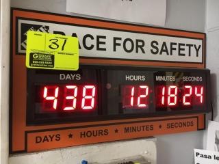 Digital clock (days, hours, minutes, seconds)
