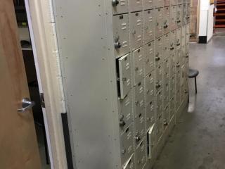 Hallowell 6-count employee lockers