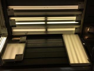 Assorted fluorescent light fixtures