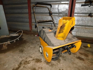 MTD SNOW THROWER- TAKE TIME TO PREVIEW/INSPECT WE ARE NOT SURE OF WORKING/RUNNING CONDITION FOR THIS ITEM.