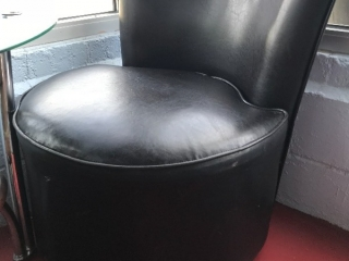 Black leather-style swivel chair