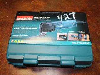 (1) Makita Multi-Tool Kit Model TM3010CX1