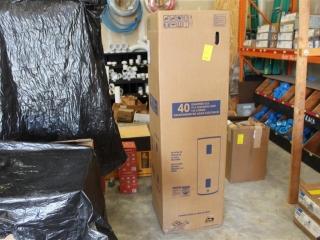 (1) Richmond 40 Gal 240 Volt Water Heater