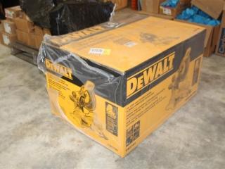 "DEWALT 12"" Double Bevel Sliding Compound Miter Saw, Model DWS780"