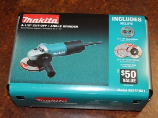 "(1) Makita 4-1/2"" Cut-Off/Angle Grinder Model 9557PBX1"