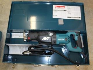 Makita elect. Reciprocating saw. Model# JR3070CT Unused