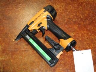(1) Stanley BOSTITCH 18 Gauge Finish Stapler Model SX1838K