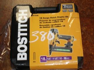 (1) BOSTITCH 18 Gauge Finish Stapler Kit Model SX1838K
