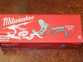 (1) Milwaukee M12 Plastic Pipe Shear (Tool Only) Model 2470-20