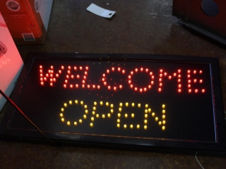 """(1)Electric/ Light-up, Flashing """"WELCOME/OPEN"""" Sign"""