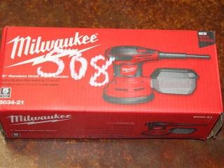 """(1) Milwaukee 5"""" Random Orbit Palm Sander Model 6034-21"""