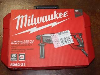 "(1) Milwaukee 1"" SDS Plus Rotary Hammer Kit Model 5262-21"