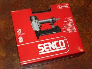 (1) Senco 18 Gauge Medium Wire Stapler Model SLS18Mg