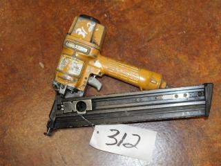 (1) Stanley BOSTITCH Nail Gun Model N60FN