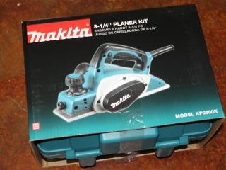 """(1) Makita 3-1/4"""" Planer Kit Model KP0800K"""